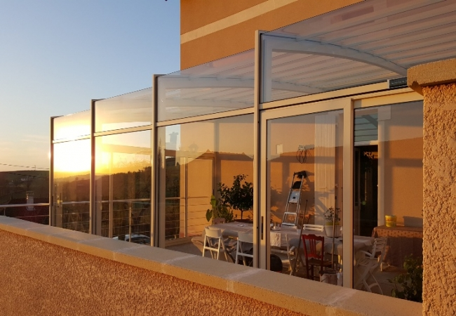 Discover the exclusive Telescopic Veranda signed by Helianthus!!